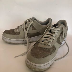 half off cd94e 529a1 Nike Shoes - Nike Air Force 1 Low Alligator Emboss Light Ash